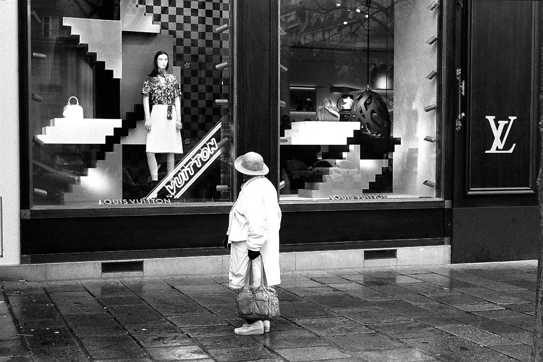 Harbel Photography, The Ones - Chez Louis. Chez Louis. Vera Fotografia