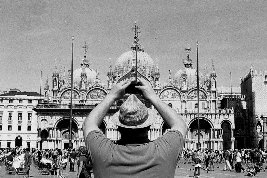 Harbel Photography, The Ones - The Tourist. San Marco, Vera Fotografia
